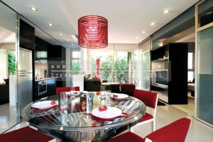 urban-glam-dining-living-area